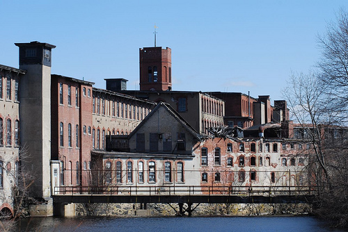 History of Pontiac Mills in Warwick